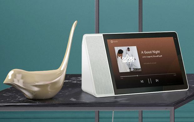 Il Lenovo Smart Display con l'intelligenza artificiale dell'Assistente Google integrata