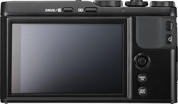 Fujifilm XF10: il layout dei comandi, votato alla semplicità