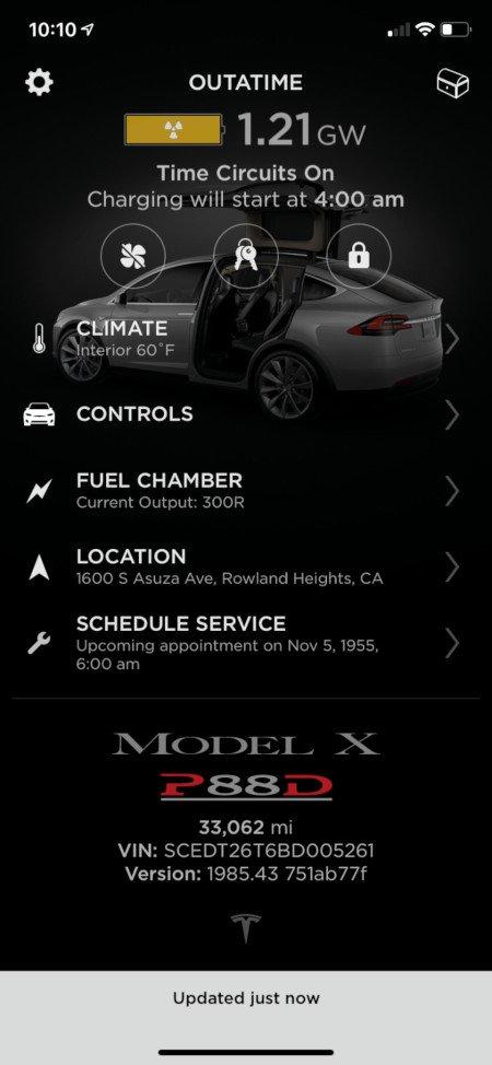 Tesla mette Ritorno al Futuro nella sua app