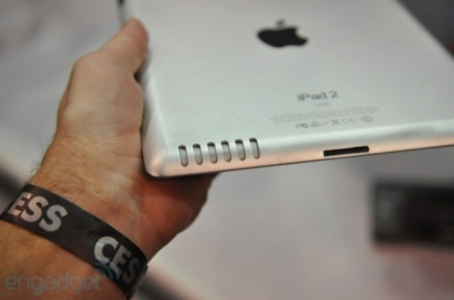 Apple iPad 2 (foto di Engadget)