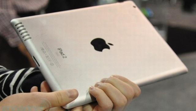 iPad 2 (foto Engadget)