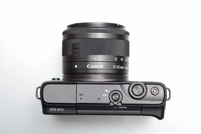 canon-eos-m10-4