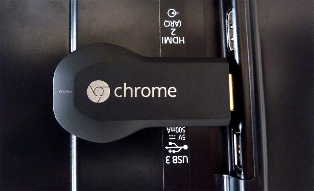 Google Chromecast connesso alla TV