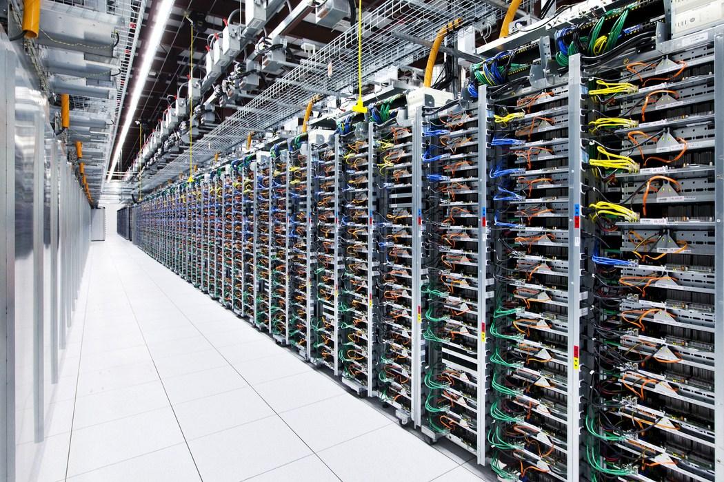 mayes-county-server-row
