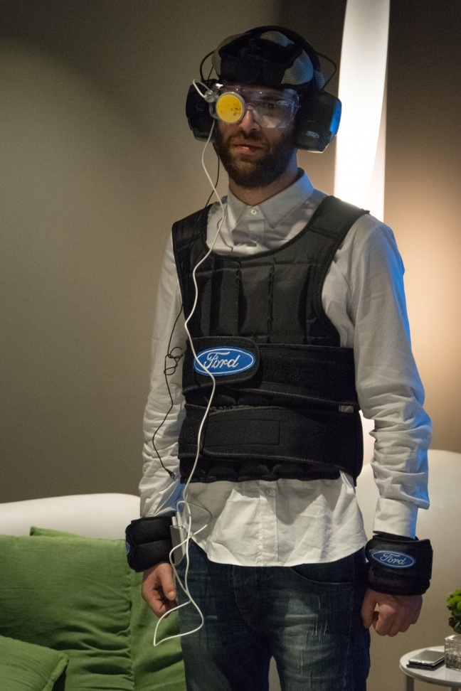 Hangover Suit alla Ford Social Home