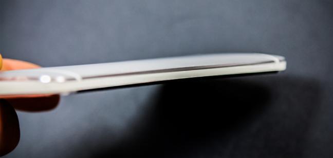 HTC One, uno smartphone super sottile