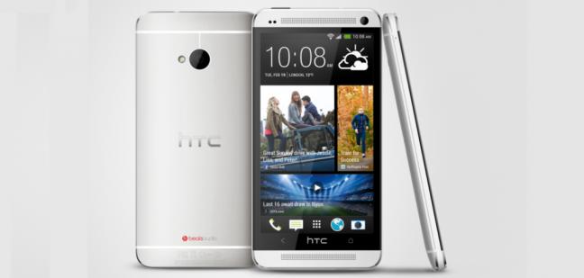 HTC One con interfaccia Sense 5