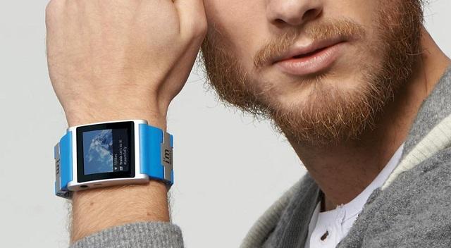 I'm Watch di colore blu