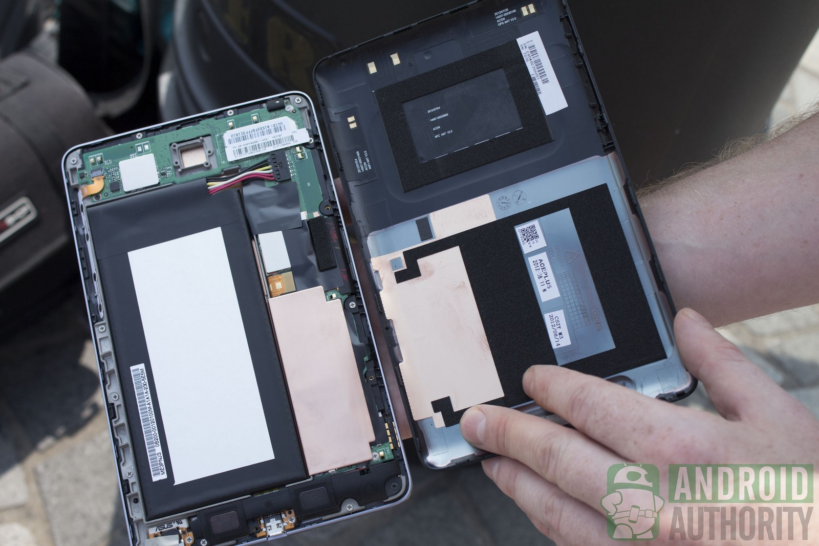 iPad mini vs. Nexus 7, crash test (Android Authority)