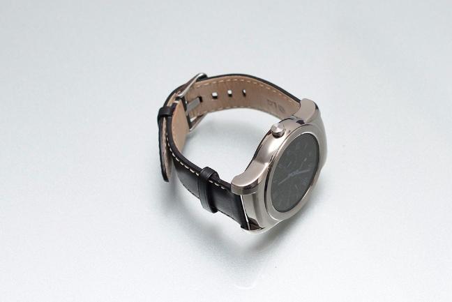 lg-g-watch-urbane-3