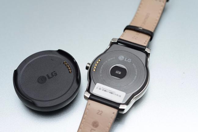lg-g-watch-urbane-9