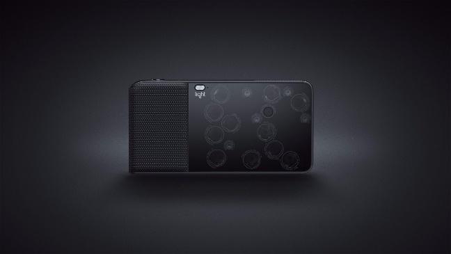 Light L16, la fotocamera da 52 megapixel con 16 sensori