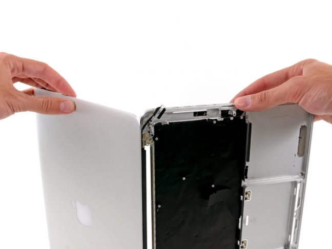 macbook-pro-retina-display-13-pollici-teardown-1