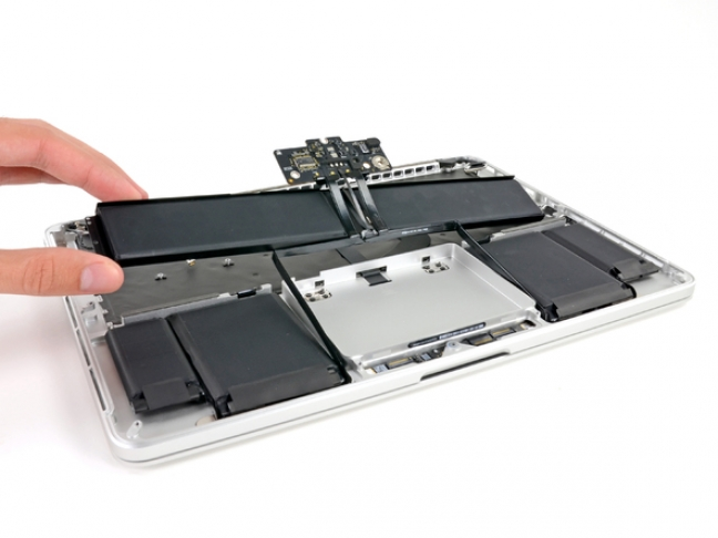 macbook-pro-retina-display-13-pollici-teardown-7
