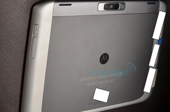 Motorola Xoom 2 (Engadget)