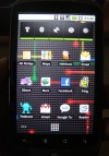 Sulle schermate possono essere posizionati link alle applicazioni o widget, come quello per il controllo del risparmio energetico