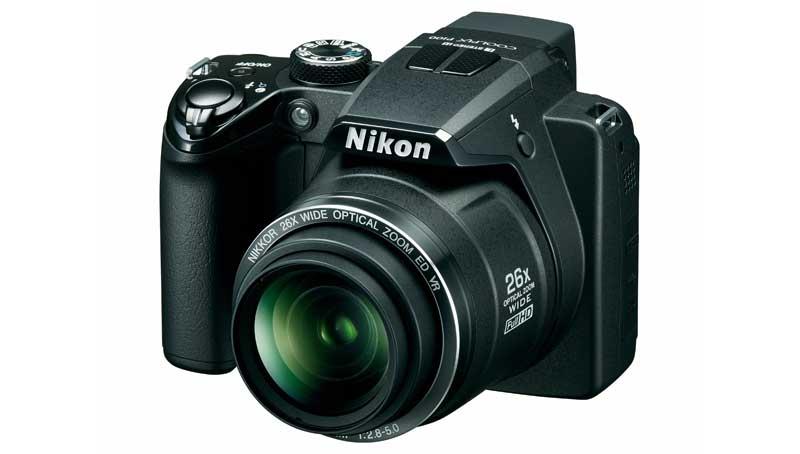 Nikon Coolpix P100 vista anteriore