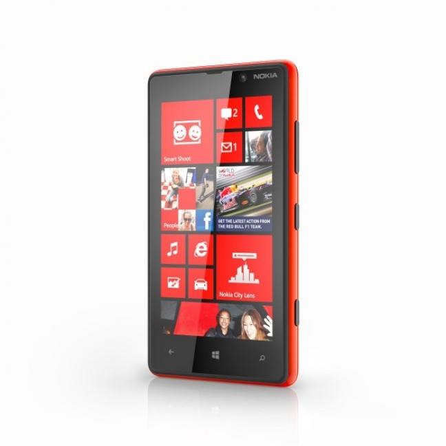 700-nokia-lumia-820-red