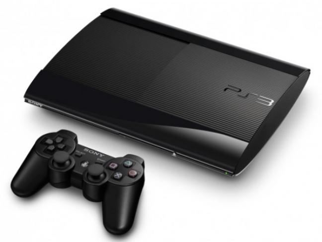 Nuova PlayStation 3 Slim con controller DualShock