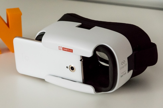 OnePlus Loop VR, visore per la realtà virtuale