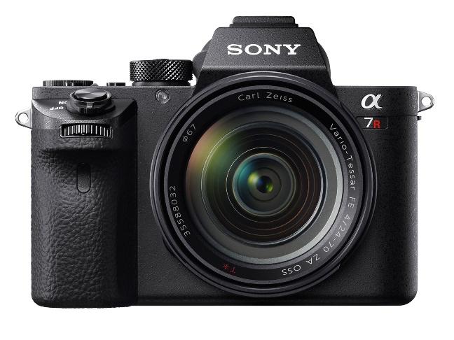 Sony a7R II, mirrorless full frame da 42,4 megapixel