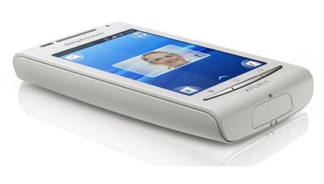 Sony Ericsson Xperia X8 1