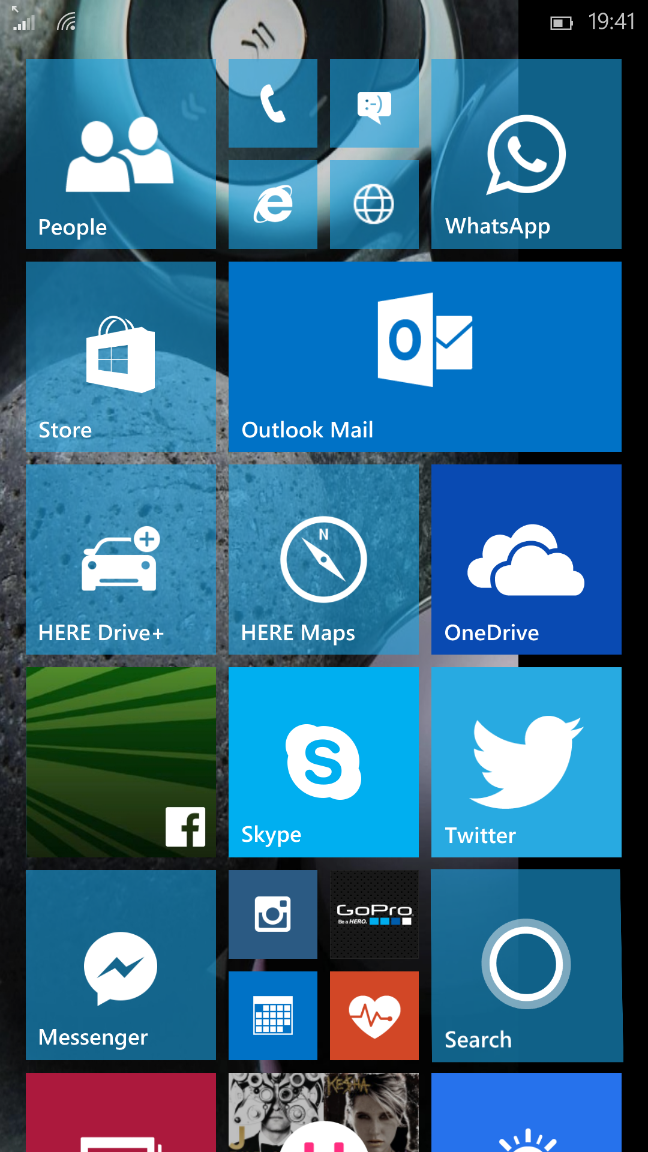 Windows 10 per smartphone, build 10051