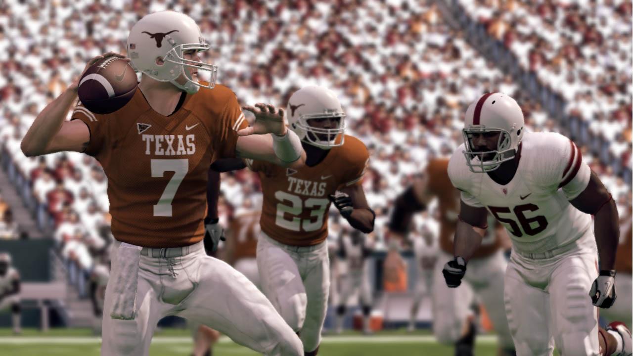 NCAA Football 11 - Dal campo di gioco