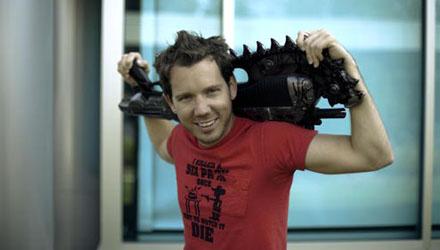 Bleszinski: in Gears of War 3 non ci sarà alcun supporto a Kinect
