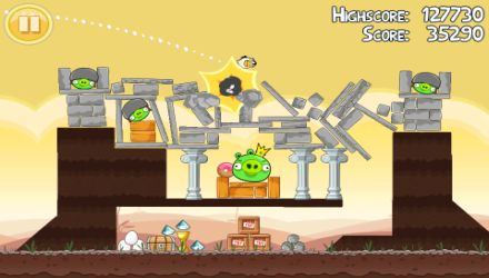 Angry Birds Free pubblicato da Rovio per iPhone