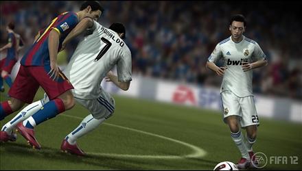 FIFA 12: la rivalità intensa con PES 2012 non è diminuita