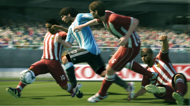 PES 2012 e Football Manager 2012 insieme con una patch amatoriale