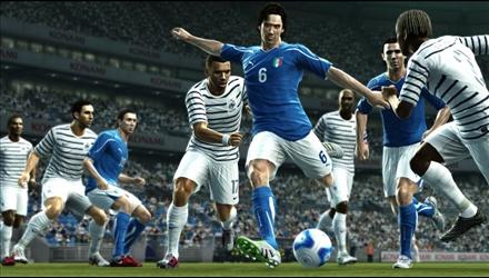 PES 2012: sei video mostrano i miglioramenti del gameplay