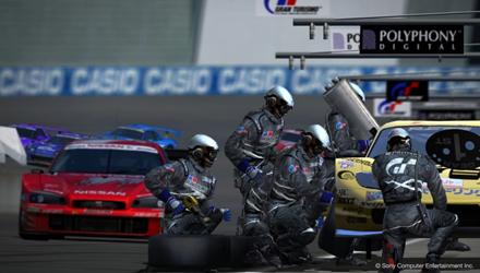 Gran Turismo 5: update 2.03 e nuovi DLC in arrivo