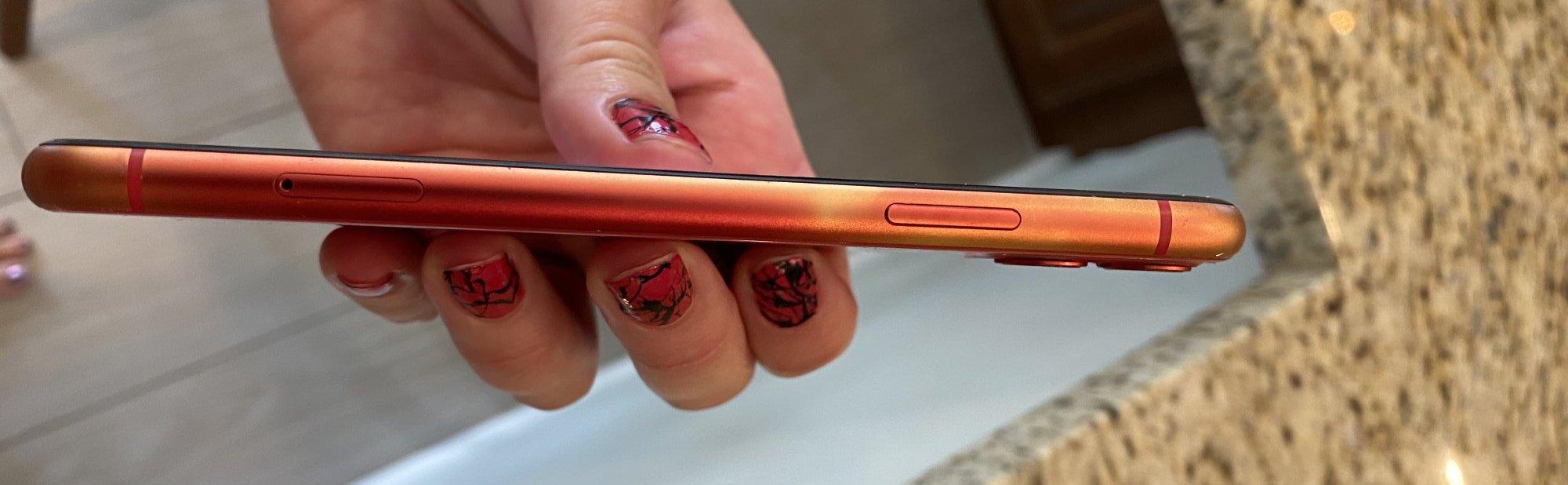 iPhone 11 scolorito