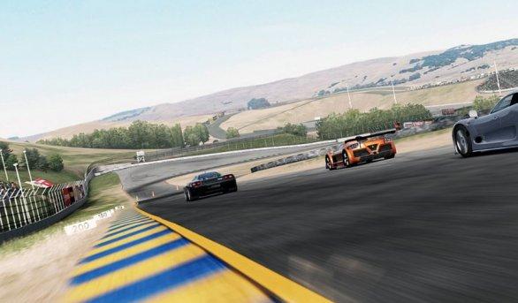 Forza Motorsport 4: immagini e video sull'Infineon Raceway