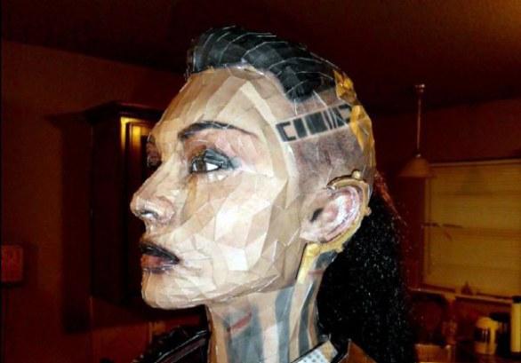 Jack di Mass Effect ricostruita con la tecnica papercraft