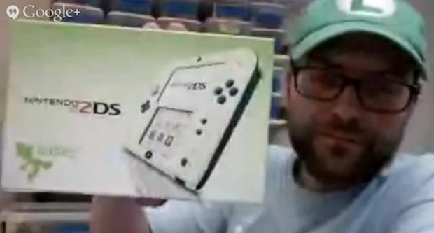 """Il Nintendo 2DS """"Luigi Edition"""" è una mod, l'autore spiega come ha fatto"""