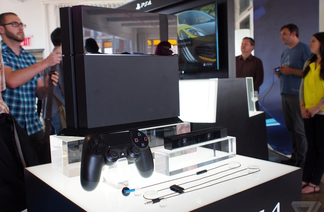 PlayStation 4 a quota 7 milioni di unità vendute in tutto il Mondo