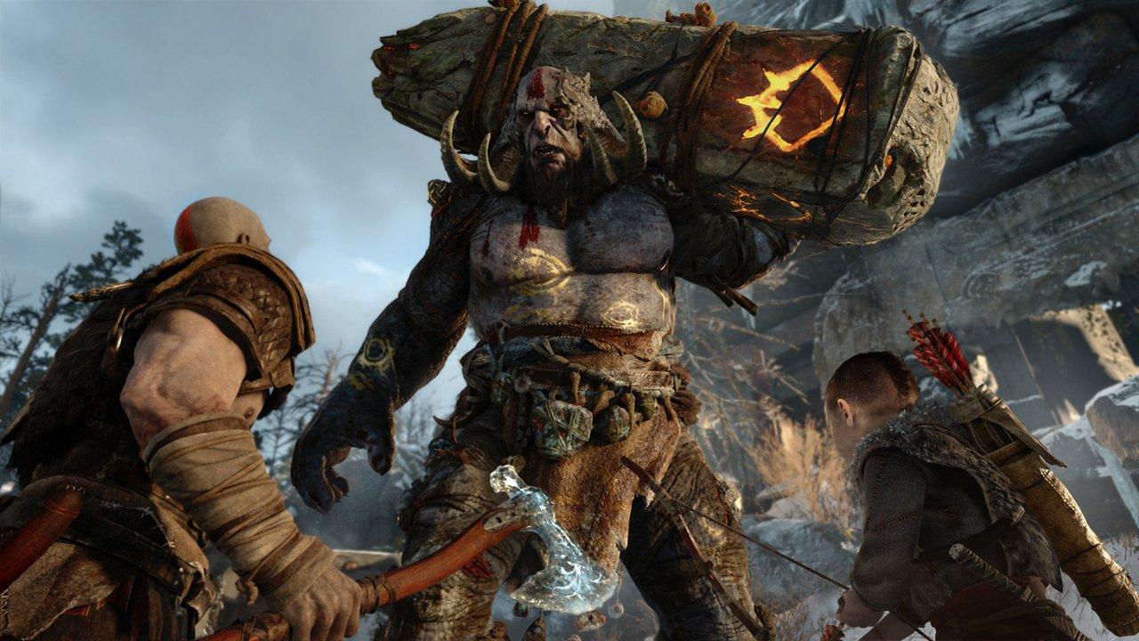 God of  War, gli sviluppatori confermano: Kratos e suo figlio combatteranno contro boss enormi