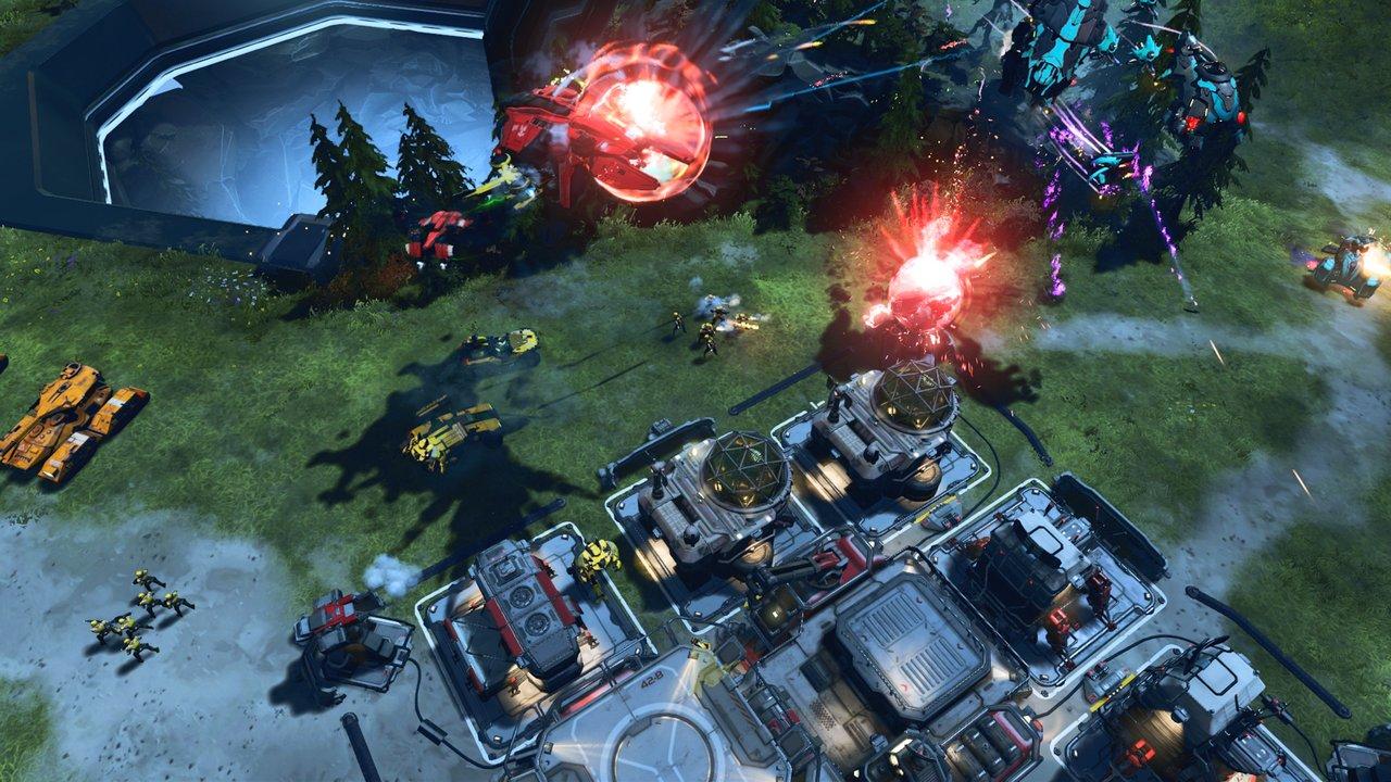 Halo Wars 2: immagini e video dalla Gamescom 2016 sul multiplayer competitivo