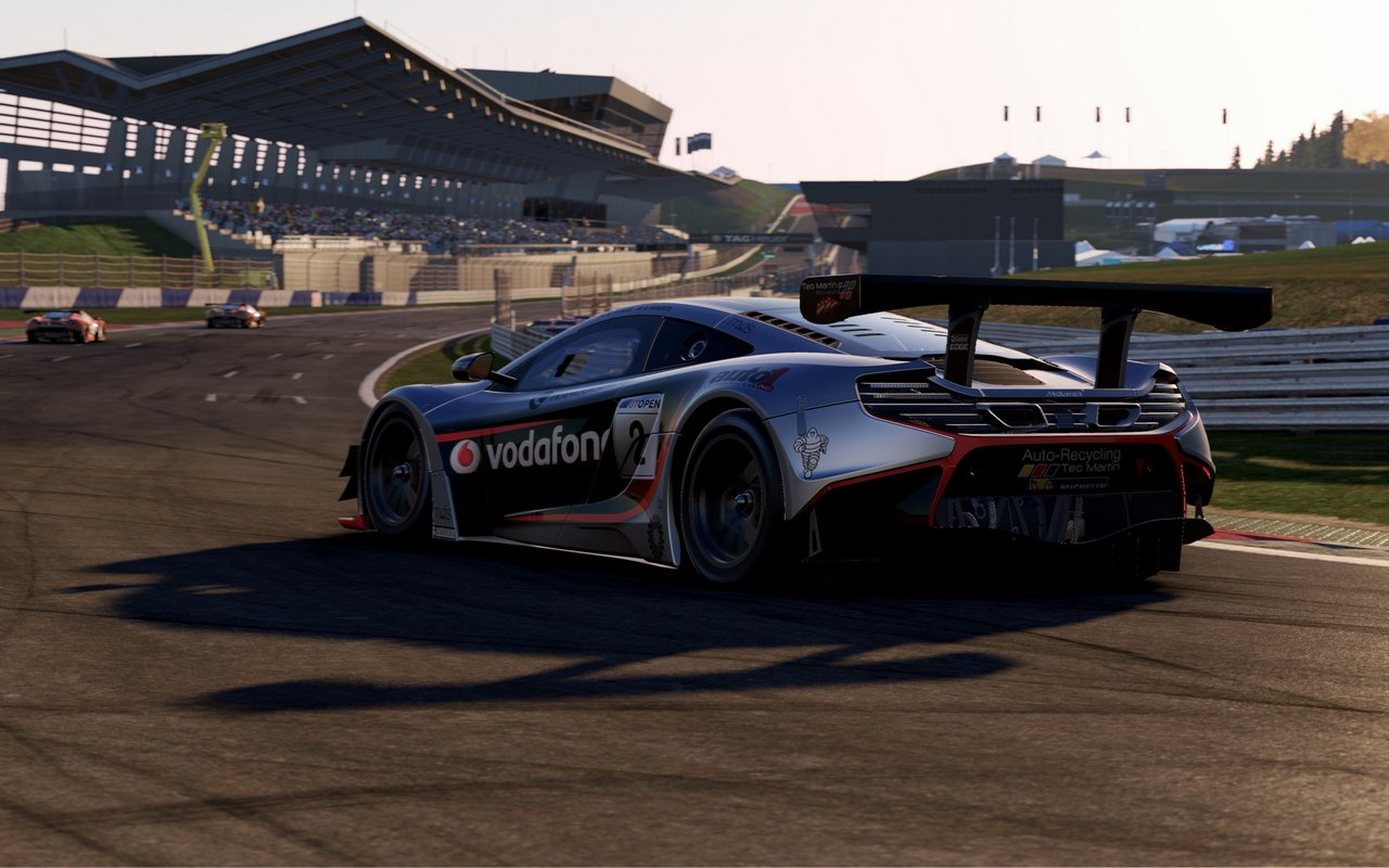 Project CARS 2 torna a mostrarsi in foto e video